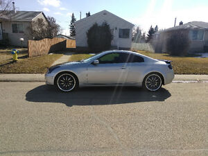 2004 Infiniti G35 Coupe (2 door) WILL TRADE FOR HEAVY MENS  GOLD