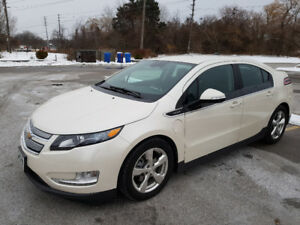2014 Chevrolet Volt, Pearl White, Top of the Line, Ext. Warranty