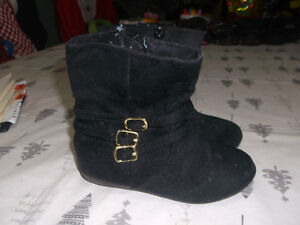 BLACK SUEDE BOOTS FOR SALE
