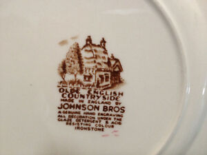 "Vintage Johnson Brothers ""Olde English Countryside"" Dinnerware Kitchener / Waterloo Kitchener Area image 8"