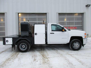 2015 Chevrolet Silverado 3500 Pickup Truck with/without Welder