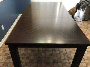 Table en bois Comme neuve