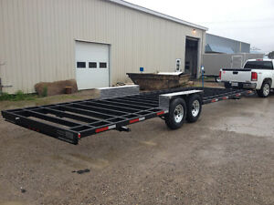 28 ft tri-axle flatbed utility trailer