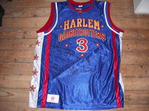 HARLEM GLOBETROTTERS SIGNED 2017 HALIFAX TOUR JERSEY #3 FIREFLY