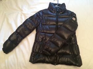 Moncler jacket TAILLE 1 FEMME