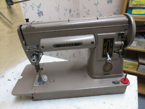 SINGER 301 SLANT NEEDLE SEWING MACHINE