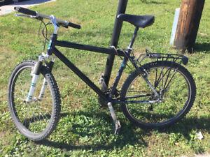 Vélo en Aluminium Jeep Grand Cherokee Limited
