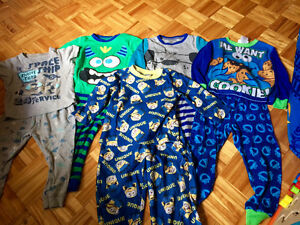5 pairs of long pant two piece boys pyjamas sizes 2T and 3T-fit