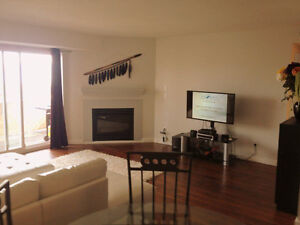 Level Entry Lower Aberdeen 2 Bedroom with River view For Rent