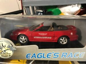 Ford Mustang GT pace car 1994 diecast 1/18 die cast