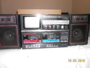 STEREO WITH RADIO AND TAPE DECK Edmonton Edmonton Area image 2
