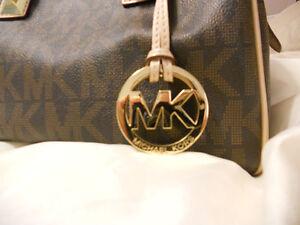 Michael Kors small grayson signature logo print purse Kitchener / Waterloo Kitchener Area image 2