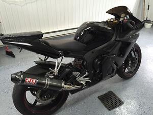 Yamaha R6 Edition REVEN 2005 LOW KMS MINT