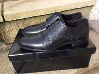 Men's shoes size 8