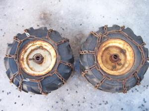 roue de souffleuse 13x5x6 avec chaine et trip dans les pneus