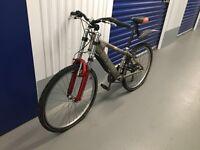 PRICE REDUCED! Fantastic and awsome Saracen X-ray Jump/Mountain bike.