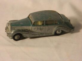 'Nice Spot On' by 'Triang' 142 scale Rolls Royce silver wraith.