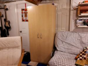 Armoire closer cabinet wardrobe