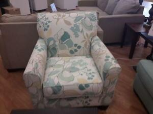 *** USED *** ASHLEY DAYSTAR SEAFORM CHAIR/SOFA   S/N:51213436   #STORE921
