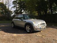 2002 Mini Cooper 1.6 high spec car long mot
