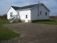 Large, private bungalow Starrs Point (Port Williams, Wolfville)