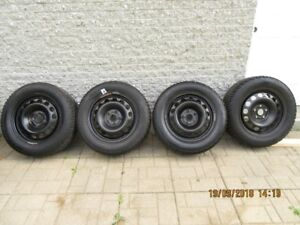 Pneus d'hiver - Winter Tires  215/60R-16 Gislaved Nord Frost
