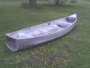 16 ft square sern canoe with motor