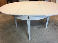 Shabby Chic Round Dining Room Table, extends for 6.