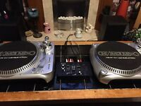 Home mix TT500 belt drive turntables with Skytec mixer