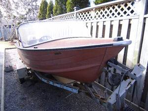 16 ft. Starcraft aluminum boat