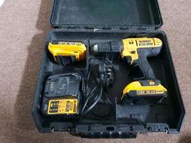 Dewalt Combi Drill, 2 x 18v 2.0ah Batteries & Bit Set