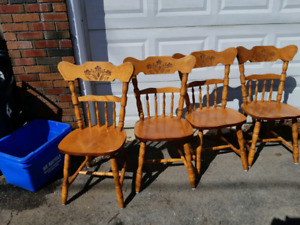 4 country style chairs