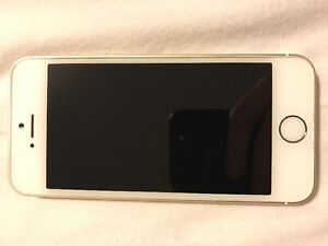 Selling IPhone 5s 16gb gold London Ontario image 1