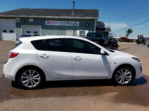 2010 Mazda 3 Hatchback **3 month Warranty Included**