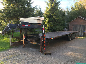 FLAT DECK TRAILER FOR SALE OR FOR HIRE