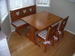 KITCHEN SET - SOLID PINE - TABLE,  4 CHAIRS  AND BENCH