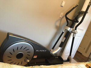 Elliptical - Bladez Fitness E550