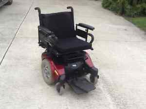 Invacare electric  power chair  like new condition