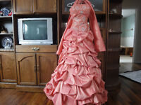 ALYCE DESIGNS FORMAL/PROM DRESS SIZE 6-8
