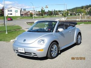 Just In Time For Grad - 2005 Volkswagen New Beetle Convertible