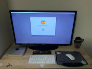"Mac mini & 32"" Samsung led wireless apple keybard and mouse imac"