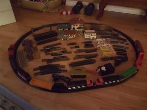 MODEL TRAIN SET FOR SALE WITH LOTS OF EXTRAS