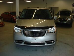 2011 Chrysler Town & Country TOURING Minivan, Van