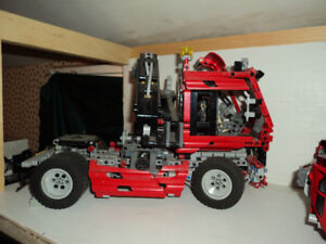 Lego Technic Truck with Pneumatic Boom