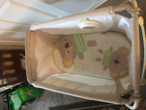 Fisher price portable bassinet