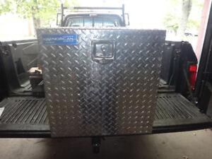 coffre en aluminium pour camion remorque  24 x 24 x 14