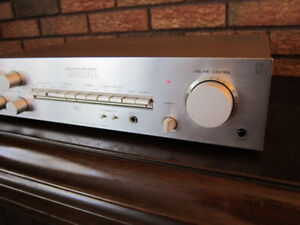 Luxman L-4 Integrated Stereo Amplifier