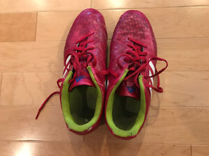 Women's Adidas soccer cleats, size 7.5
