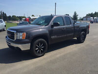 2011 GMC Sierra 1500 SLE Truck Factory warranty till Dec 2016
