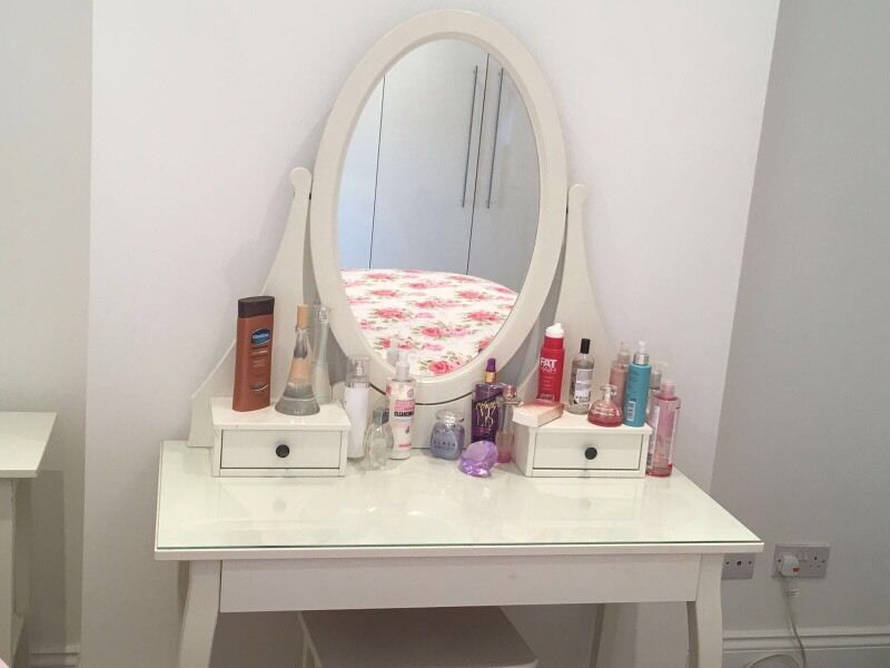 Ikea hemnes dressing table white vgc with stool in for Ikea hemnes vanity table
